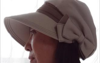 ベルメゾン「風で飛びにくい帽子」